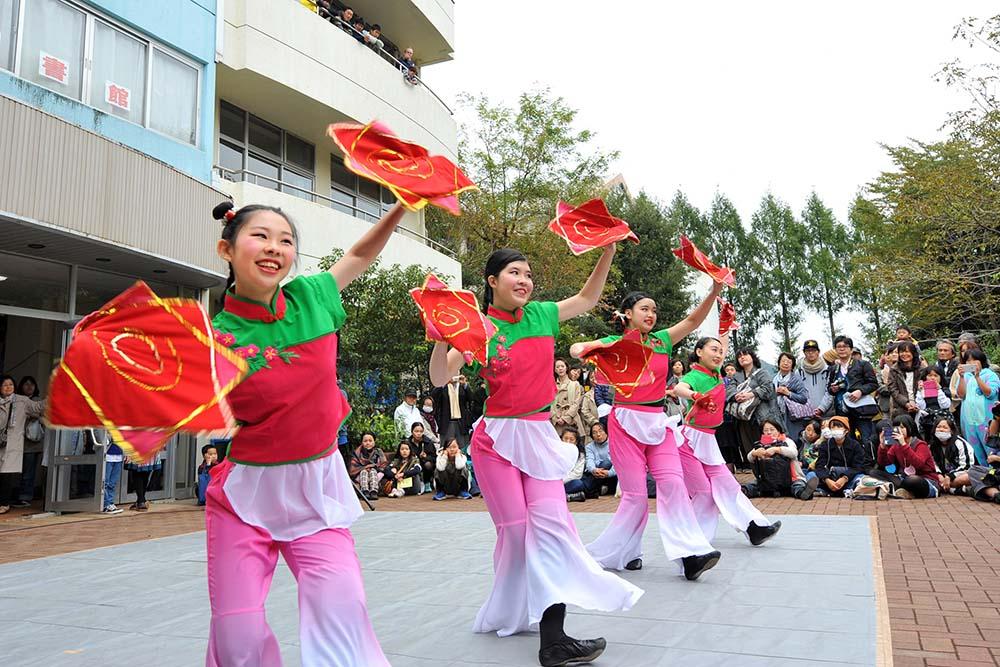 中国舞踊部中庭公演「姑娘」