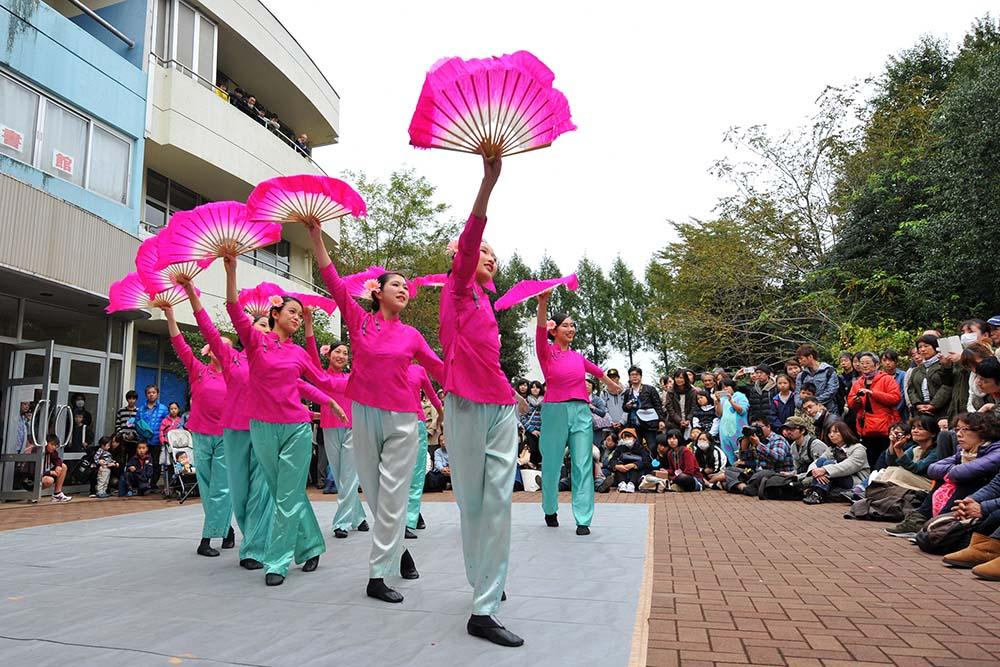 中国舞踊部「茶摘み」