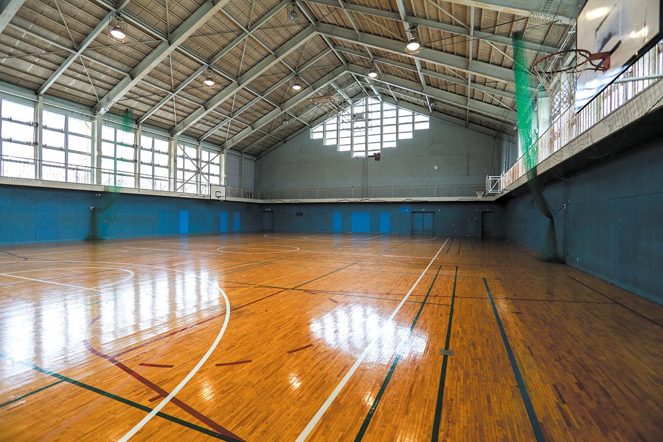体育館〈 2 階〉